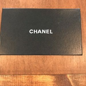 CHANEL Gift Box with monogram paper & cloth